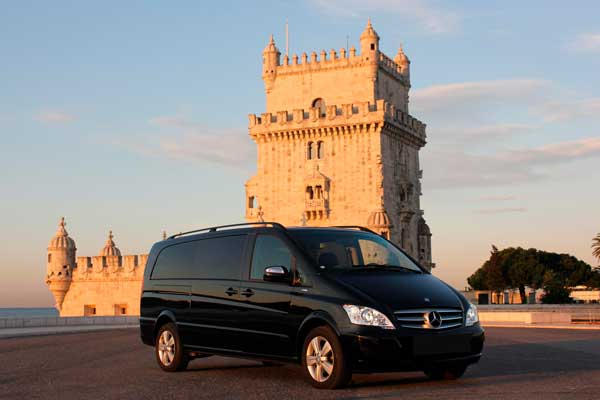 Mercedes Viano | From 4 to 9 Passengers