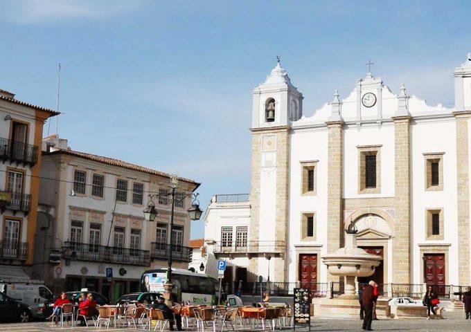 Praça-do-Giraldo